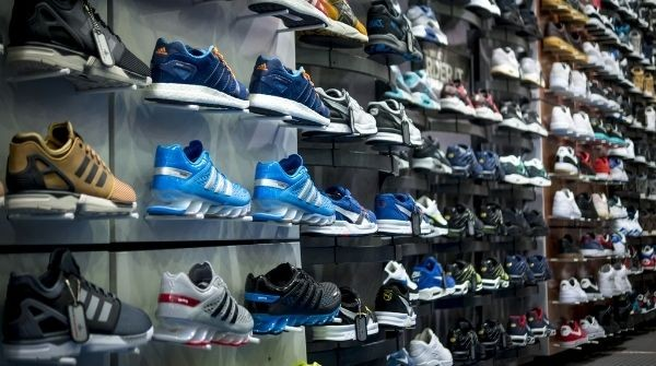 How Foot Locker's Jenny Sim Manages the Supply Chain